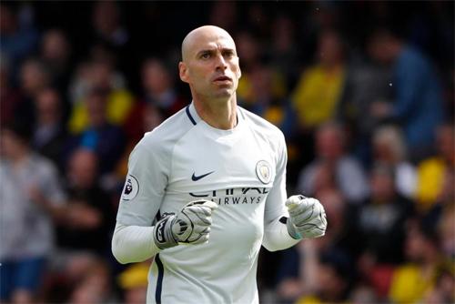 Cựu thủ môn của Man City về Chelsea - ảnh 1