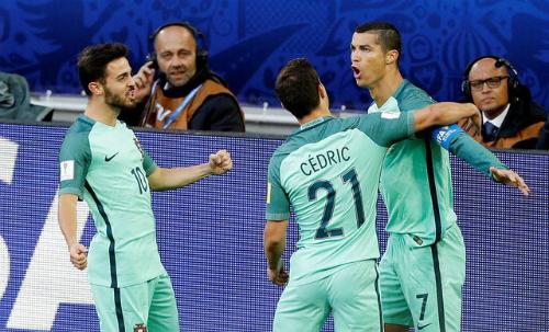 """HLV Nga: """"Thua vì Ronaldo thì không có gì phải buồn"""""""