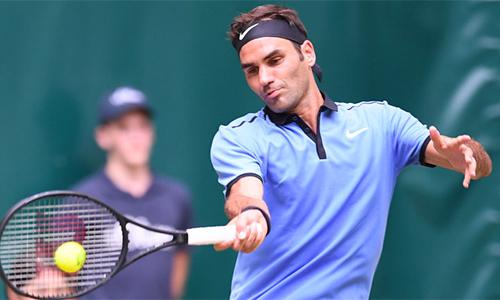 Federer vào tứ kết Halle Mở rộng
