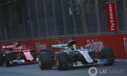 Vettel bị phạt vì đâm Hamilton, Ricciardo về nhất GP Azerbaijan