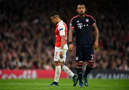Ancelotti mời chào Sanchez về Bayern