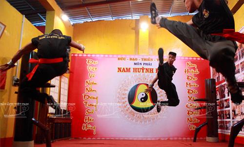 Huỳnh Tuấn Kiệt cử em trai tiếp đón cao thủ Vịnh Xuân