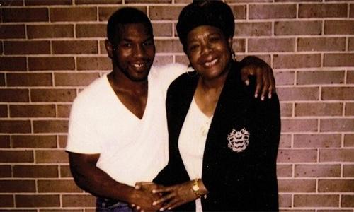 Mike Tyson và tuổi thơ đầy ám ảnh - ảnh 1