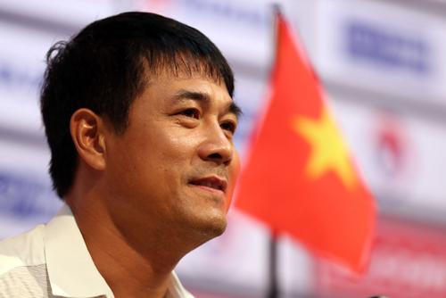 HLV Hữu Thắng phàn nàn về bàn thua thứ hai của U22 Việt Nam