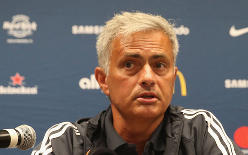 Mourinho đóng cửa chuyển nhượng đối với De Gea
