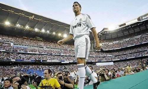Man City trên đà phá kỷ lục chuyển nhượng của Real Madrid