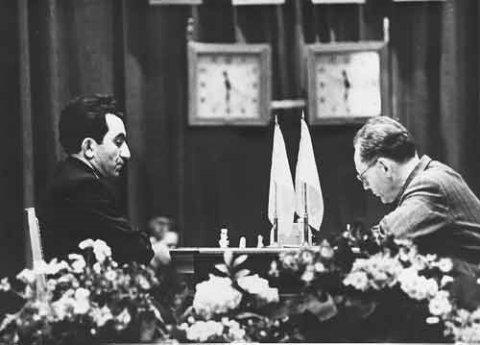 Armenia - Nơi cờ vua gieo mầm sống giữa bom đạn