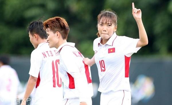 Nữ Việt Nam thắng đậm Philippines ở trận ra quân SEA Games