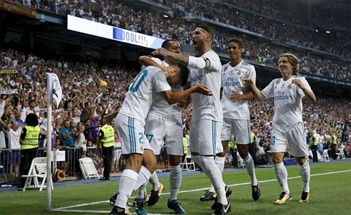 Vắng Ronaldo, Real vẫn hạ Barca hai bàn cách biệt và giành Siêu Cup