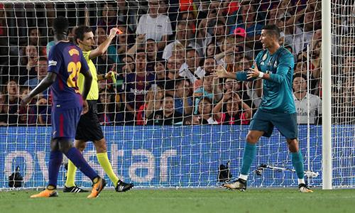 """Ronaldo: """"Án phạt dành cho tôi là ngược đãi"""""""