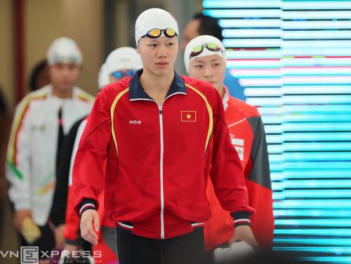 Ánh Viên mặc áo cũ để lấy may khi dự SEA Games 29