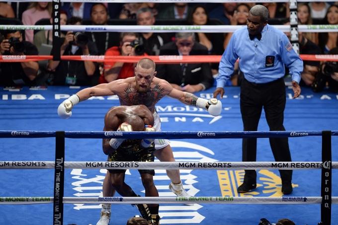 Chiến thuật hoàn hảo giúp Mayweather đánh bại McGregor