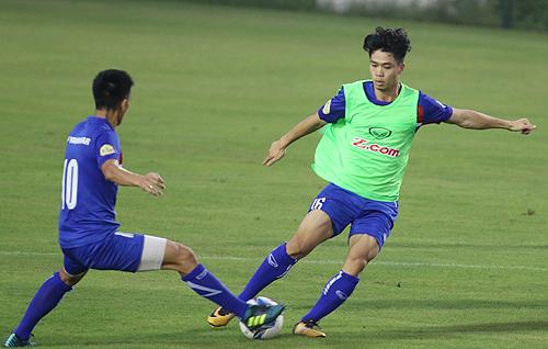 """HLV Mai Đức Chung: """"Các cầu thủ đã vượt qua cú sốc SEA Games"""""""
