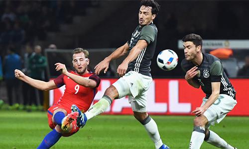 Anh chọn Đức, Brazil làm quân xanh trước World Cup 2018