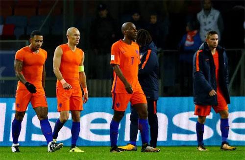 Robben thừa nhận Hà Lan hết hy vọng dự World Cup