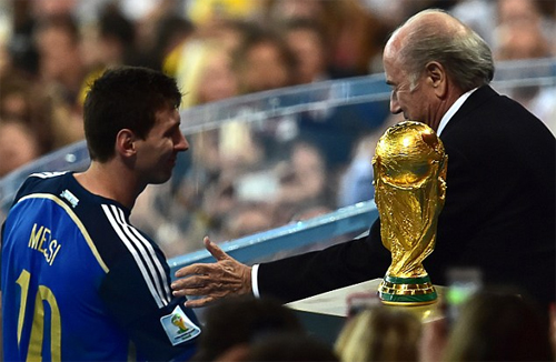 """""""Bóng đá nợ Messi một danh hiệu World Cup"""""""