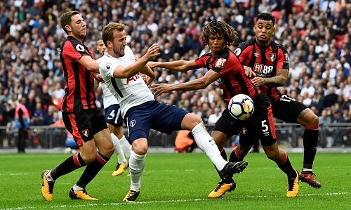 Tottenham thắng trận đầu tiên tại Wembley
