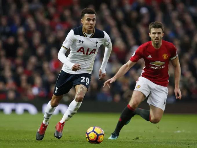 10 ngôi sao góp phần biến Tottenham thành mỏ khai thác tài năng