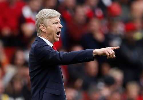 wenger-arsenal-dang-tham-do-trinh-do-europa-league