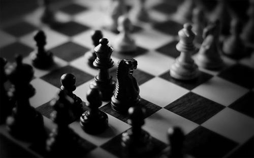 Tượng đấu Mã - cuộc chiến không hồi kết trong cờ vua