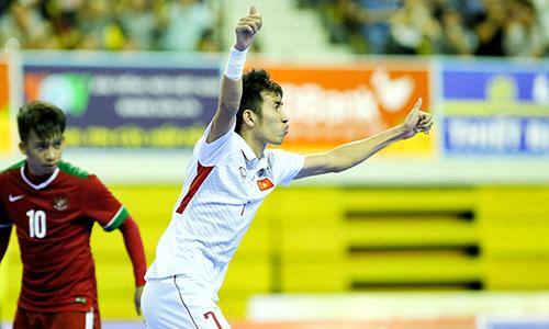 Futsal Việt Nam thắng Indonesia khi chỉ còn 33 giây