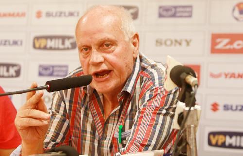 """HLV của Afghanistan: """"Việt Nam không xứng đáng vào vòng chung kết Asian Cup"""""""
