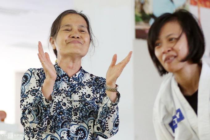 Võ sư 70 tuổi 'dạy văn, luyện võ' cho trẻ khuyết tật