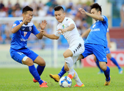 ban-to-chuc-v-league-chuan-bi-ba-cup-vo-dich