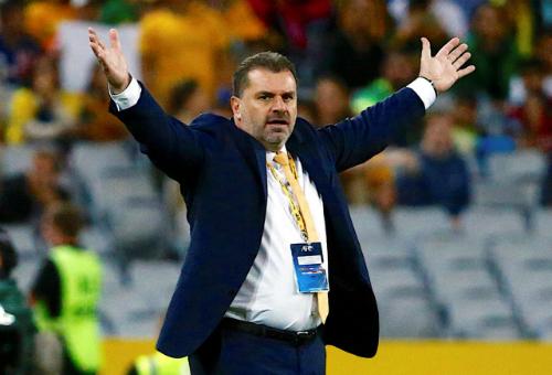 HLV Australia từ chức sau khi giành vé dự World Cup 2018