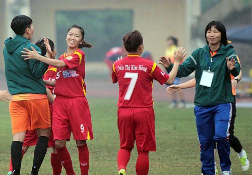 TP HCM I và Phong phú Hà Nam vào chung kết giải nữ VĐQG