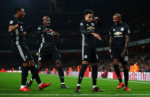 Man Utd đả bại Arsenal dù Pogba dính thẻ đỏ - hình ảnh 1