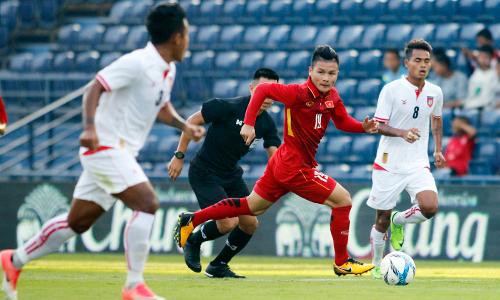 HLV Park Hang-seo áp dụng sơ đồ mới lạ cho U23 Việt Nam