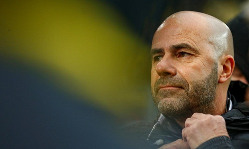 Dortmund sa thải HLV Peter Bosz