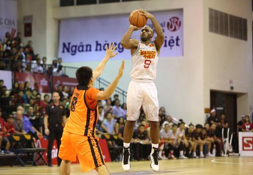 Saigon Heat thắng đại diện Thái Lan tại giải bóng rổ Đông Nam Á