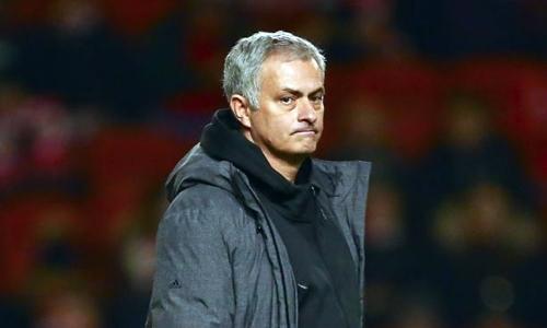 Người hâm mộ đòi Man Utd sa thải Mourinho