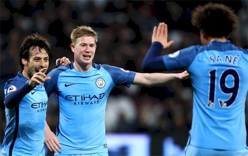 Man City dẫn đầu về số cầu thủ kiến tạo tại Ngoại hạng Anh
