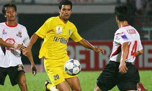 Gonzalo chia tay Hà Nội FC để cập bến CLB TP HCM, nơi anh sắp thành cầu thủ nhập tịch. Ảnh: Đức Đồng.