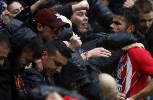 Diego Costa ghi bàn, nhận thẻ đỏ trong trận tái xuất La Liga