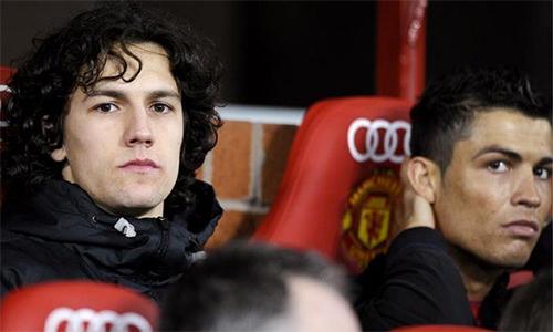 Possebon có một thời gian ngắn làm đồng đội của Ronaldo ở Man Utd. Ảnh: PA.