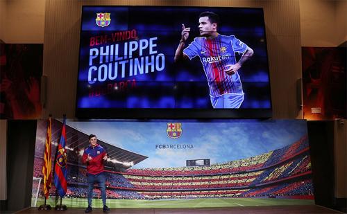 Coutinho được giới thiệu sau khi Barca giành chiến thắng 3-0 ở La Liga gặp Levante. Ảnh: Reuters.