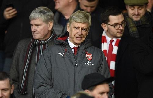 Wenger phải theo dõi trận đấu trên khán đài. Ảnh: AFP.