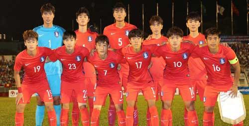 U23 Hàn Quốc giữ kín thông tin trước giải đấu. Đội bóng này hạn chế đá giao hữu với đối thủ nước ngoài. Khi thi đấu với các đội trong nước ban huấn luyện yêu cầu đóng cửa, không cho người hâm mộ và truyền thông vào.