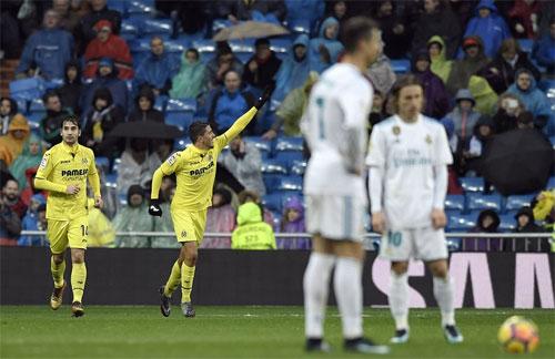 Ronaldo im tiếng, Real thua thêm trên sân nhà Bernabeu - ảnh 1