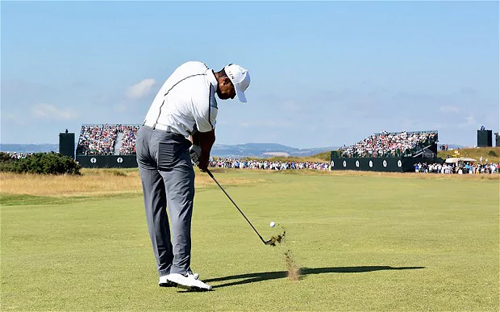 lang-golf-co-the-khong-con-duoc-chung-kien-nhung-cu-phat-bong-xa
