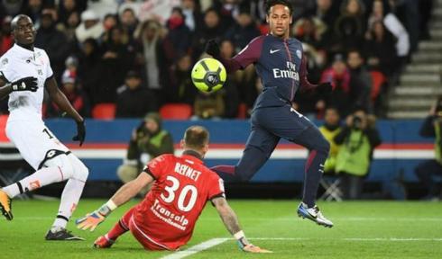 neymar-ghi-bon-ban-psg-thang-8-0-o-ligue-i