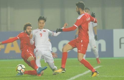 Văn Toàn chấp nhận cảnh phải vào sân từ băng ghế dự bị, miễn là đội thắng.