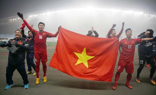 Việt Nam gây chấn động khi liên tiếp qua mặt những đội bóng chiếu trê như Australia, Syria, Iraq để vào bán kết giải U23 châu Á. Ảnh: Anh Khoa