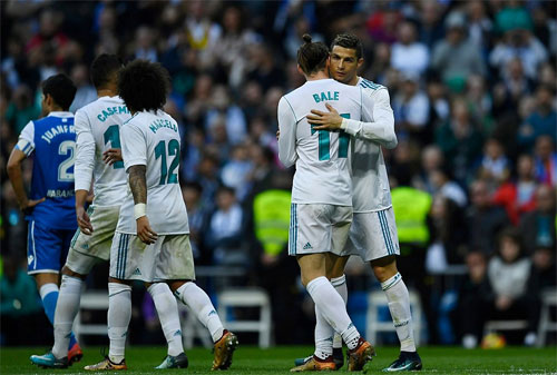Ronaldo lập cú đúp, Real trút cơn mưa bàn ở vòng 20 La Liga