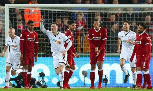 Liverpool bất ngờ thua đội cuối bảng Ngoại hạng Anh