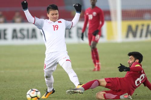Quang Hải lập cú đúp, góp phần làm tan giấc mơ vô địch của Qatar. Ảnh: Anh Khoa